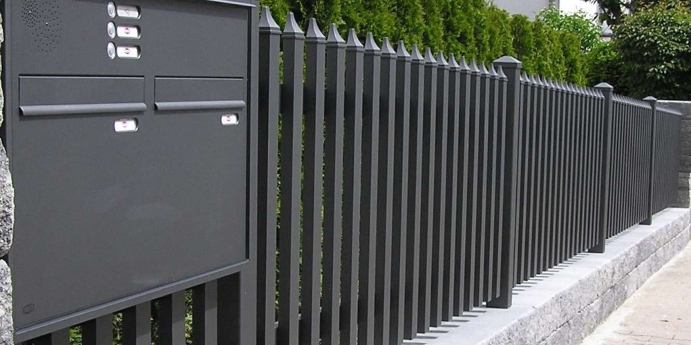 Moderner Gartenzaun. Free Sichtschutz Fur Garten Am Zaun Ideen ...